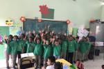 Kids Dominicaanse Republiek enorm blij met t'shirts uit Holland