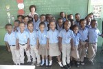 Help Sosuakids blij met donatie voor kansarme schoolkinderen