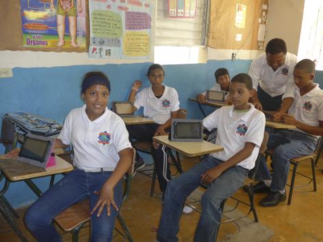 ColegioAsher2014tablets1